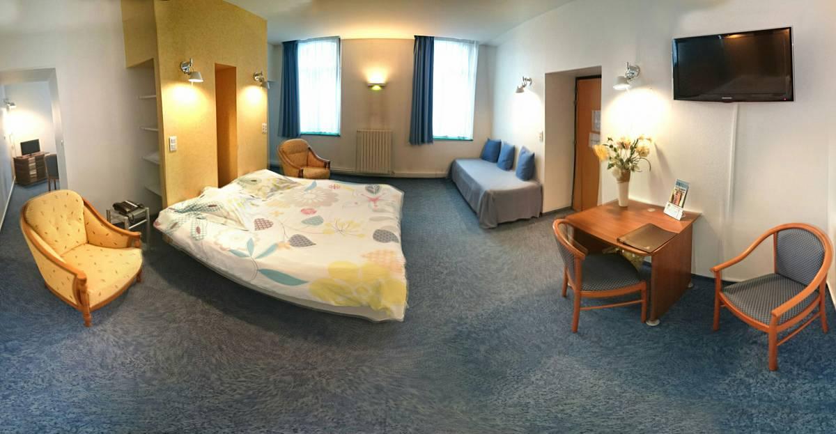 Panorama de la chambre 3 (petite suite)